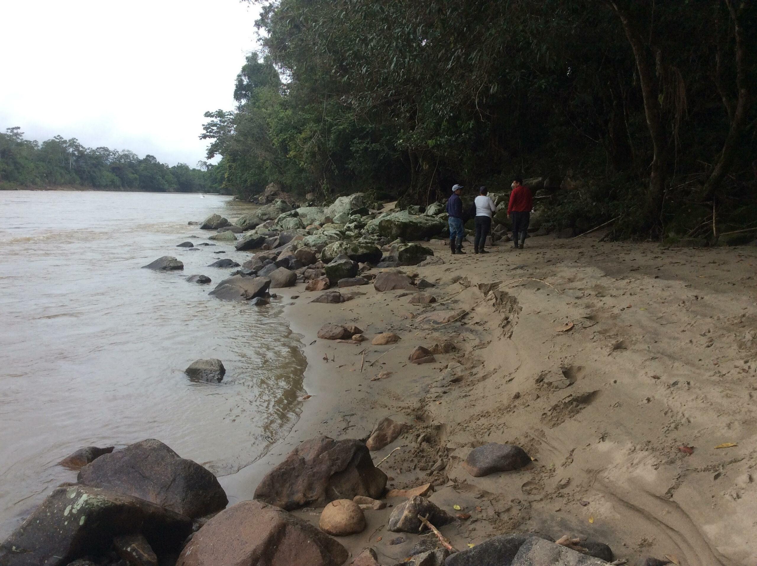 FH10 River Beach